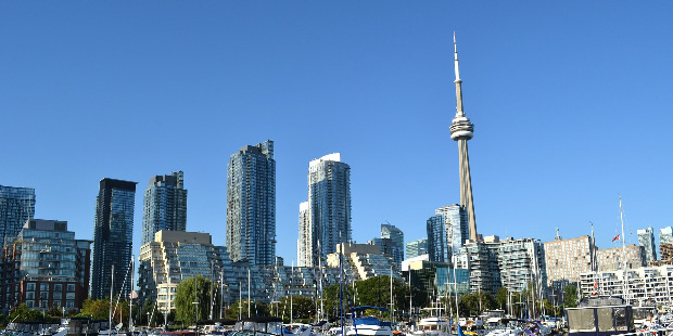 Cheap flights from London United Kingdom  to Toronto - Canada for only 328 EUR roundtrip.
